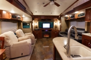 Winnebago 33ck  interior